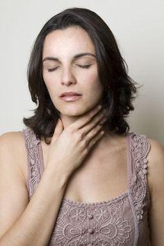 Garganta arranhando? Descubra o que pode estar causando esse problema!  #garganta #dor #dordegarganta #saúde