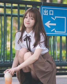 Pretty Asian Girl, Beautiful Japanese Girl, Asian Cute, Cute Korean Girl, Cute Asian Girls, Beautiful Asian Girls, Cute Girls, School Girl Japan, Japanese School Uniform Girl