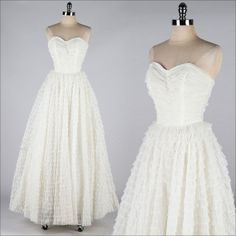 vintage 1950s dress . white chiffon tiers . by millstreetvintage