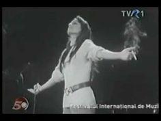 Marie Laforêt - Ivan, Boris Et Moi (Version Inédite concert 1969) - YouTube