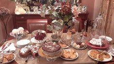 Ζουζουνομαγειρέματα: Σοκολατένια μηλόπιτα με καρύδια και μέλι!!! Table Settings, Blog, Cakes, Drink, Beverage, Table Top Decorations, Mudpie, Blogging, Cake