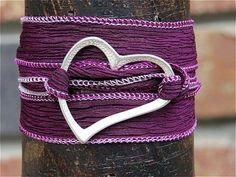 Armband Seidenarmband Wickelarmband lilaHerz Art. von gedemuck, €15.00