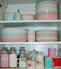 Cute Candy Colour Kitchen Design: http://www.myhomerocks.com/2012/01/cute-kitchen-ideas/