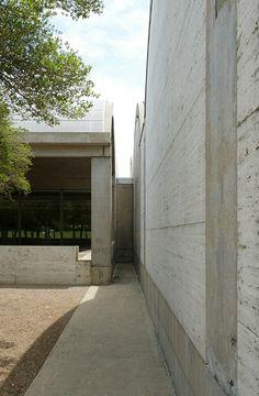 Kimbell Art Museum, Louis Kan.