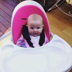 Big girl in her new high chair #icklebubba #pink #orbhighchair 💗