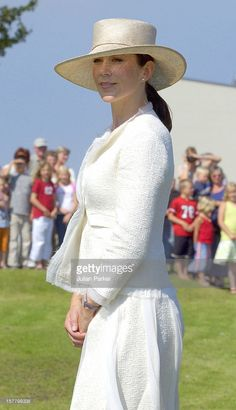 Princess Mary, July 29, 2004 in Susanne Juul. Clements Ribeiro suit.