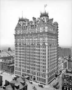 """Philadelphia circa 1905. """"The Bellevue-Stratford Hotel."""" As is often the case in these architectural views, the most interesting bits are at the periphery. 8x10 inch dry plate glass negative, Detroit Publishing Company. View full size."""