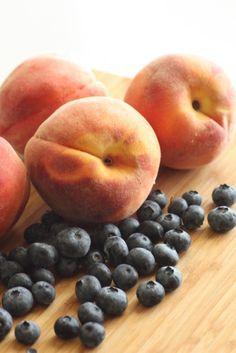 Peach Blueberry Muffin Tin Pie Recipe | CatchMyParty.com
