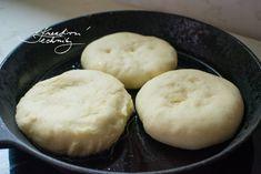 Vdolky: recept od babičky | Staročeské vdolky | Kreativní Techniky Hamburger, Muffin, Food And Drink, Bread, Breakfast, Recipes, Morning Coffee, Brot, Muffins