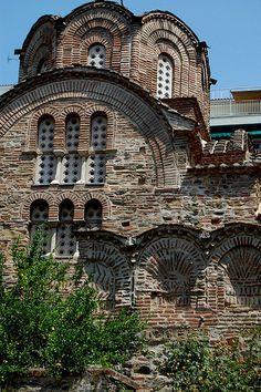 Thessaloniki, Greece Byzantine Architecture, Historical Architecture, Beautiful Buildings, Beautiful Places, Places Around The World, Around The Worlds, Santorini, Thessaloniki, Ancient Greece