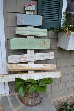 love this!!! . . . almost like the one's the 'honey' has made . . . like the different types of wood . . .