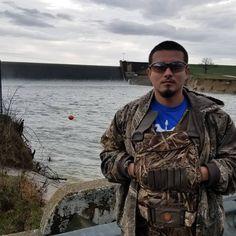 . .A little Dam fishing today !  . #catfish  #pescando . new videos coming soon @trinitysavagelife . . . hunting fishing . YouTube link in bio . Like followcomment! . .  #trinitysavagelife #bassfishing #catfish #texas #sandbass #crappie #catchandrelease #texaswoods #huntingandfishing #superbowl #rippinlips #pondlife #largemouthbass #garfishing #hunting #hoghunting #deerhunting #buck #hunter #bigbucks #bowfishing #bowhunting #fishinglife #outdoorsman #alligatorgar #fishing @sammysosa167…