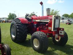 1966 IH 1206 Wheatland Big Tractors, Case Tractors, Farmall Tractors, Red Tractor, Ford Tractors, International Tractors, International Harvester, Tractor Farming, Tractor Pictures