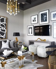 Home Decorating Style 2019 for Hollywood Glamour Living Room Decor, you can see Hollywood Glamour Living Room Decor and more pictures for Home Interior Designing 2019 at Best Home Living Room. Glam Living Room, Living Room Interior, Home And Living, Living Room Decor, Living Rooms, Tv Rooms, Glam Bedroom, Small Living, Modern Living
