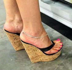 Risultati immagini per pantyhose feet heels Sexy High Heels, Sexy Legs And Heels, Hot Heels, Platform High Heels, Wedge Heels, Stiletto Heels, Wedge Sandals Outfit, Sexy Zehen, Pantyhose Heels
