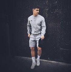 Mens style, menswear impressed males, menswear summer season, menswear road fashion, males - Looks - Mens Fashion Sweaters, Mens Fashion Wear, Best Mens Fashion, Fashion Menswear, Casual Menswear, Mens Athletic Fashion, Style Brut, Men's Style, Casual Outfits