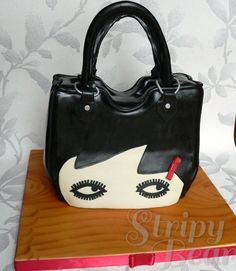 Lulu Guinness #Handbag #Cake We totally love and had to share! Looking amazing! #CakeDecorating