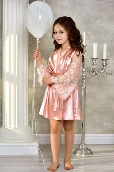 Blush Pink junior bridesmaid satin robe Flower girl kimono robe Mother daughter matching gift Robe for girl whith lace Flower girl gown Flower Girl Gown, Lace Flower Girls, Lace Flowers, Cute Little Girl Dresses, Cute Girl Outfits, Gowns For Girls, Girls Dresses, Blush Rosa, Blush Pink