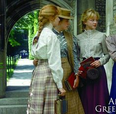 Anne Of Avonlea, Gilbert Blythe, Fantasy Gowns, Anne Shirley, Steampunk Costume, Anne Of Green Gables, Movie Costumes, Pride And Prejudice, Vintage Dresses
