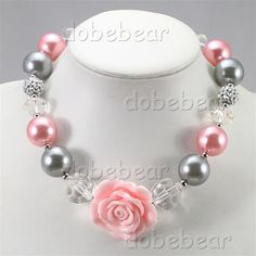 NB30659-grey-pink-pearl-acrylic-chunky-bead-little-girls-rose-pendant-necklace-.jpg 800×800 pixeles