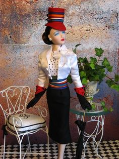 The Studio Commissary: Did someone mention HATS? (pics)>>>  -  Posted by Melissa/CoutureTouch on 3-23-2015.  Picture 2 of 5.