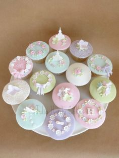 First Holy Communion Cupcakes Communion Cups, First Communion Cakes, First Holy Communion, Christening Cupcakes, Baptism Cookies, Fondant Cupcakes, Cupcake Cakes, Yummy Cupcakes, Cupcake Ideas