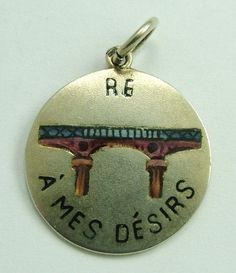 Victorian C1900 Silver & Enamel French Rebus Charm - RE PONT (French for bridge) A MES DESIRS, roughly translates to 'Respond to my desires'