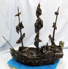 Tarta+Perla+Negra+de+Piratas+del+Caribe+-+Pirates+of+the+Caribbean+Black+Pearl+Cake+(92).JPG (1114×1128)
