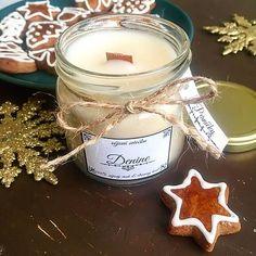 Sójová sviečka s dreveným knôtom a s vôňou perníčkov / Denine - SAShE. Candle Jars, Candles, Box, Snare Drum, Candy, Candle Sticks, Candle