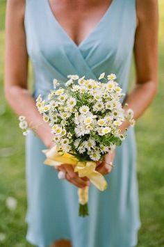 18 Monofloral Bridesmaid Bouquet Ideas - Project Wedding
