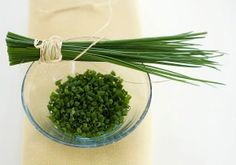 L'ERBA CIPOLLINA RIPULISCE VENE E ARTERIE (Chives Clean Blood Vessels And…
