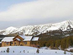 Luxury vacation rental cabin in Montana