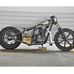 XS650 | Bobber Inspiration - Bobbers and Custom Motorcycles September 2014