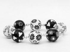 Schwarz - weißes  Armband  bracelet, ring, Polymer Clay  Perlen  von filigran-Design   auf DaWanda.com