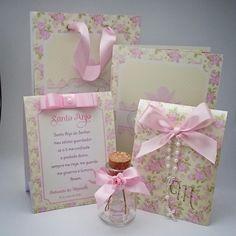 Kit de batizado em rosa e creme, um luxo !  Orçamento pelo whatsapp (18) 99743-8789 #batizado #batizadorosa #personalizados #lembrancinhadebatizado #convitebatizado