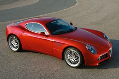 Alfa romeo 8c - endless curves - LGMSports.com