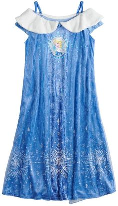 She'll feel like the ice queen herself in this girls' crushed velvet Elsa fantasy nightgown inspired by Disney's Frozen. Elsa Fancy Dress, Frozen Elsa Dress, Disney Frozen Elsa, Mermaid Dresses, Girls Dresses, Candy Theme Birthday Party, Makeup Kit For Kids, Disney Princess Outfits, Kids Dress Wear