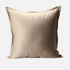 Fashioned from twill, this pillow cover features a standard design boasting both simplicity and comfort. Plain Cushions, Decorative Accessories, Throw Pillows, Design, Toss Pillows, Decorative Pillows, Decor Pillows, Scatter Cushions