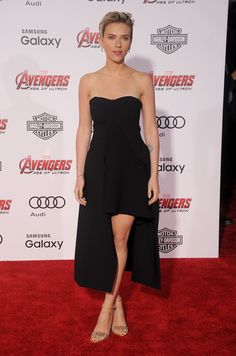 Another winning Stella McCartney look graced the red carpet at the Avengers: Age of Ultron premiere. We're fans of this high-low dress, which is reminiscent of the layered look that's becoming increasingly more popular in Hollywood.