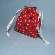 Threading My Way: Drawstring Gift Bag Tutorial ~ Ho Ho Ho Link Party