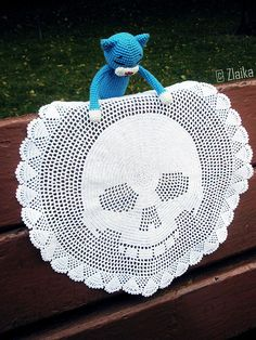 I would LOVE to be able to make this!!! Wish I could find the pattern.