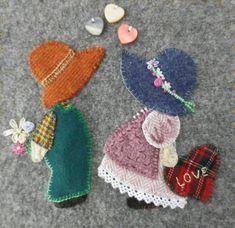 sunbonnet sue - L' atelier du vieil Ane Sunbonnet Sue, Quilt Binding, Doll Quilt, Applique Quilts, Baby Sewing, Paper Piecing, Paper Dolls, Wool Felt, Hand Embroidery