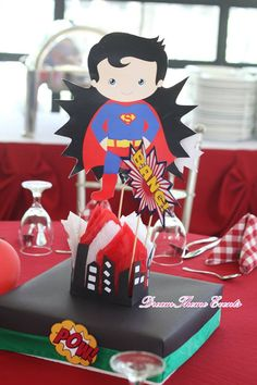 Super Hero Themed party by DreamTheme Events