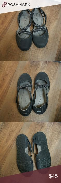 Ahnu casual shoes Black casual shoes with adjustable velcro straps. If they were ever worn they were only worn once. Like new. 7.5 Ahnu Shoes Flats & Loafers