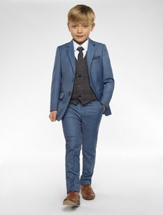 Shop for boys suits at Roco. The UK's best quality range of boys suits, perfect as a kids wedding suit and all other special occasions. Boys Dress Outfits, Boys Dress Clothes, Boy Dress, Summer Clothes, Little Boy Fashion, Baby Boy Fashion, Kids Fashion, Fashion Outfits, Fashion Shoes