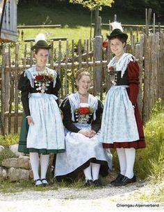 Festtagstrachten :: Chiemgau Alpenverband Dirndl-Festtrachten