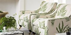 Sanderson Woodland Ferns fabric for upholstery, curtains & other soft furnishings. You can almost smell the outdoors. Lounge, Afro Chic, Fern Wallpaper, Fabric Wallpaper, Autumn Interior, Sanderson Fabric, Home And Living, Living Room, Sofa