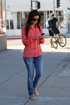Kourtney, love her laid back California style. She dresses so much cooler when she's not filming her show!