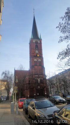 Die Samariterkirche in Berlin-Friedrichshain wurde in der Zeit vom 7. Mai 1892 bis 20. Oktober 1894 vom Evangelischen Kirchenbauverein nach einem Entwurf des Architekten Gotthilf Ludwig Möckel gebaut.