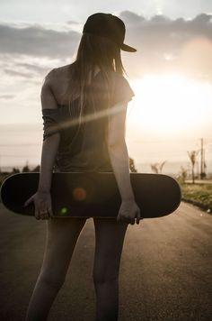 Segundo editorial da faculdade com o foco no publico street skate feminino!